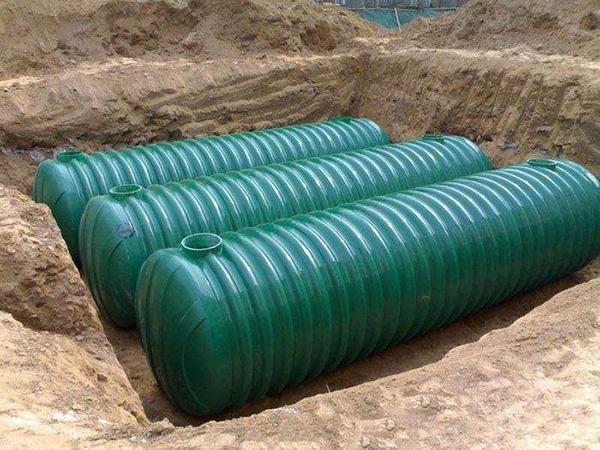 玻璃钢化粪池应用在处理高国产美女一级A做爰生物污水