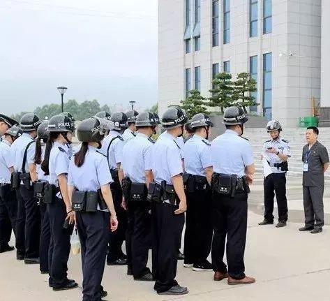 50多名干警兵分六路突击执行还钱