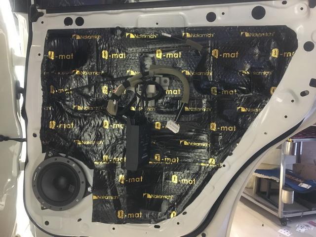 5、将丹拿232中低音单元安装在后声场原位