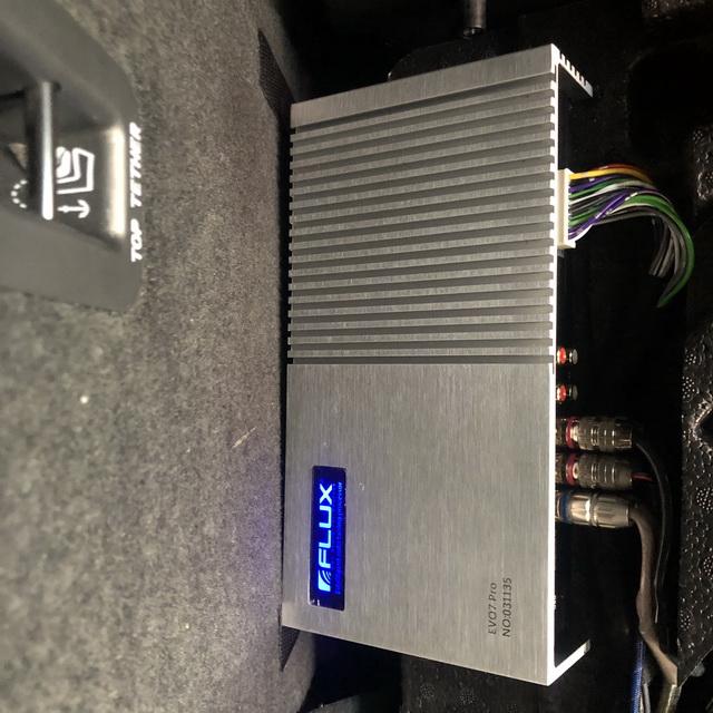 6、为汽车添加德国FLUX智能中央处理器EVO7