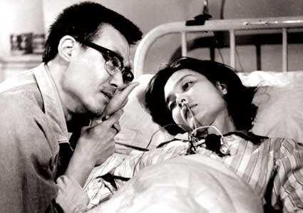 深圳靠谱侦探故事:人到中年,别轻易触碰婚外情