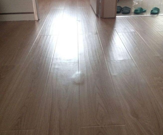 是什么原因造成了PVC地板起鼓起拱?