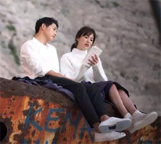 宋慧乔宋仲基离婚:揭露了婚姻的真相,势均力敌的爱也未必长久