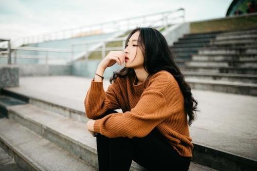 「深圳侦探」分享4个细节一目了然女人婚外出轨