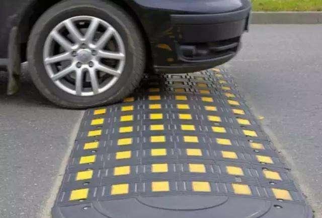 减少汽车寿命的操作有哪些?果洛州汽车救援带你去了解