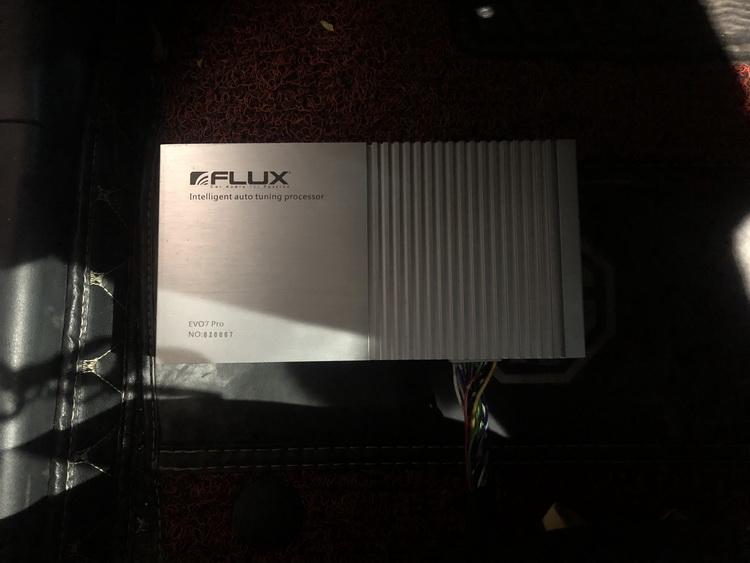 9、为汽车添加德国FLUX智能中央处理器EVO7Pro