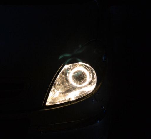 雪铁龙毕加索车灯改装透镜氙气灯重庆新视点车灯改装