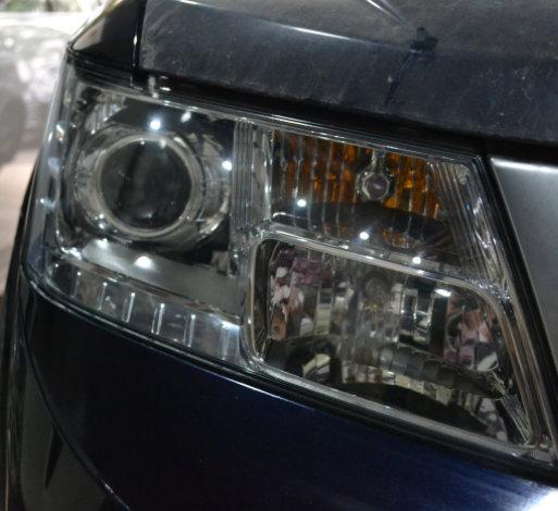 菲亚特菲跃车灯改装进口海拉透镜欧司朗氙气灯