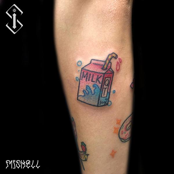 可爱的盒子纹身图案
