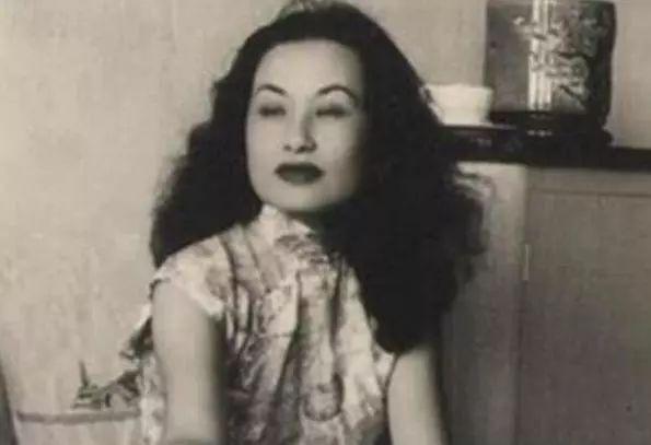 上海侦探潘柳黛怀孕时丈夫出轨,她立即离婚