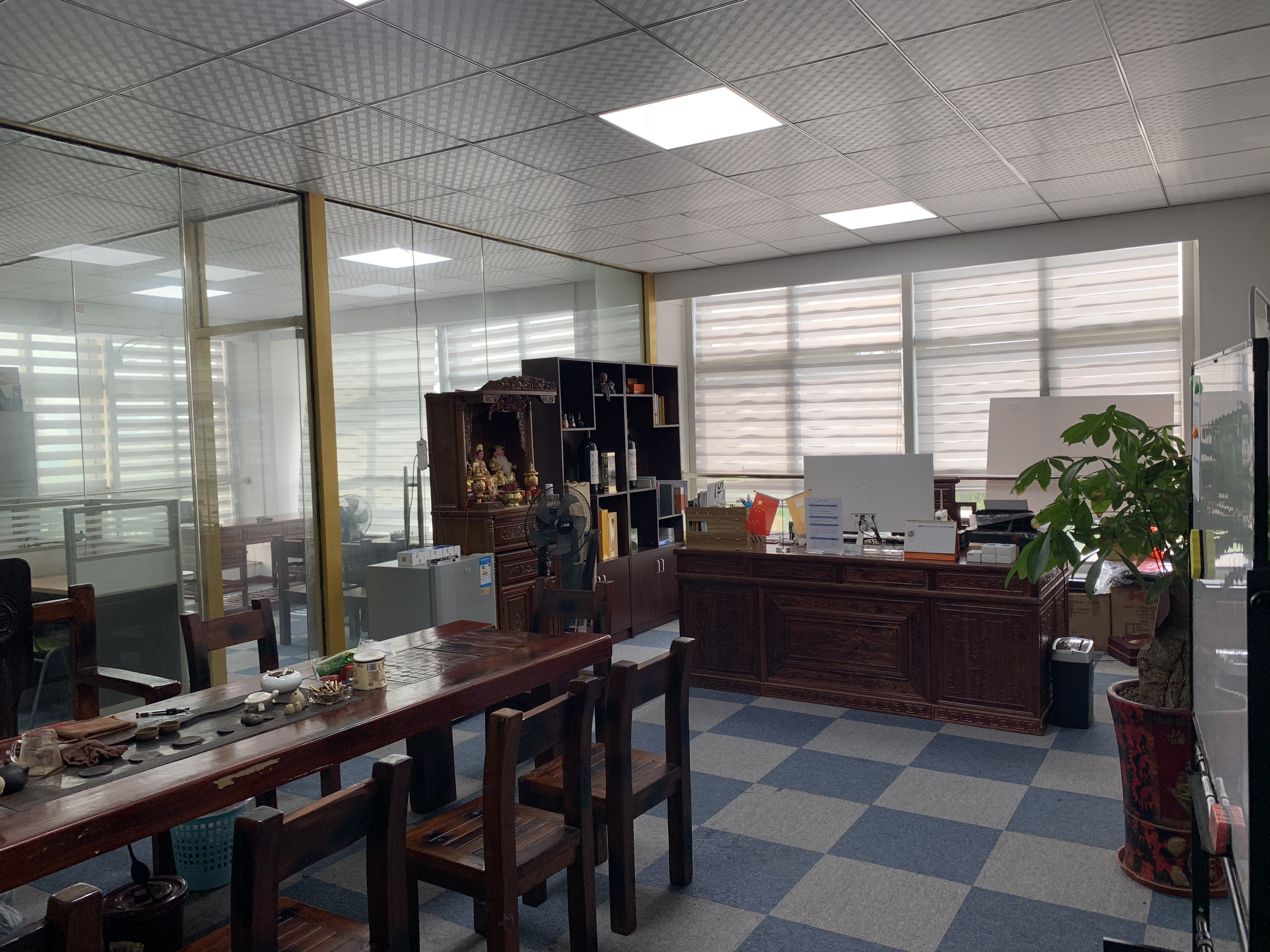 厦门连信企业公司总经理室