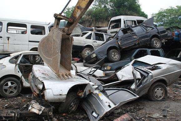 全国各地忙着垃圾分类,那报废的汽车算什么垃圾?